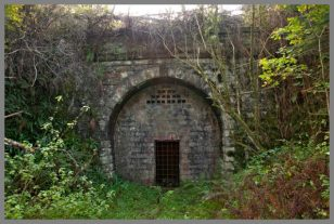 DR145-380-,Moseley-Green-Tunnel-North-1
