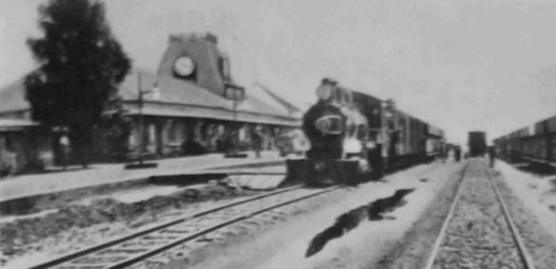 Nairobi Railway Station in 1900. [1: facing p228]