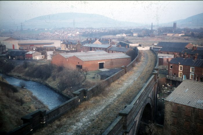 The Micklehurst Loop (UK) 632-16-stalybridge-east-of-viaduct-over-river-tame-14-feb-1981-e1612294010491